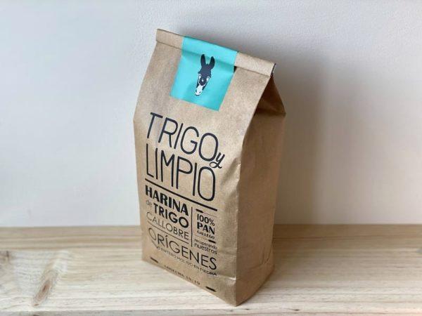 saco de harina 100% natural de trigo callobre gallego de Trigo y Limpio